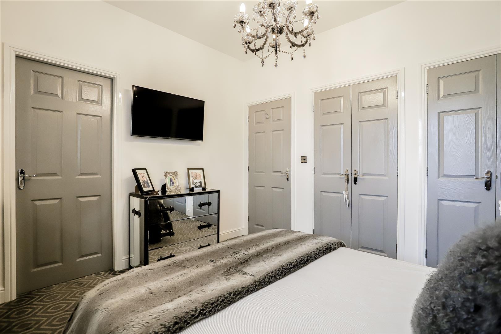 4 Bedroom Detached House For Sale - 31.jpg